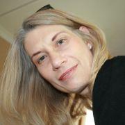 Louise2075