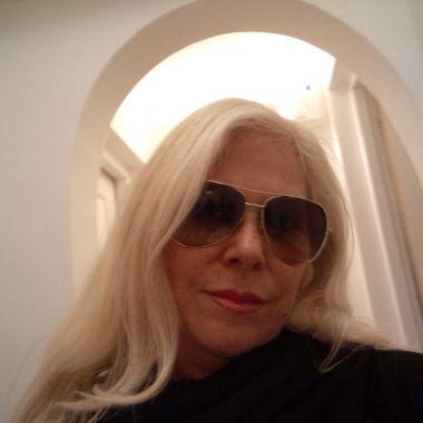 Blonde_Ambition